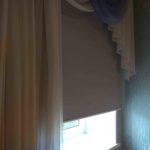 рулонные шторы в спальню с окнами на юг